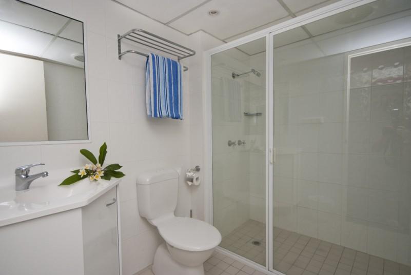 Bathroom odd numbered apartments